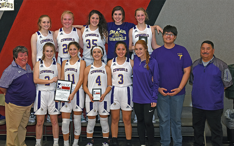 D'Hanis Cowgirls, La Pryor Bull Dogs claim SWTJC tournament titles