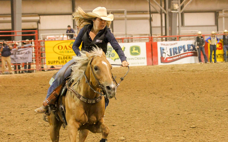 College rodeo attracts large crowd and competitors