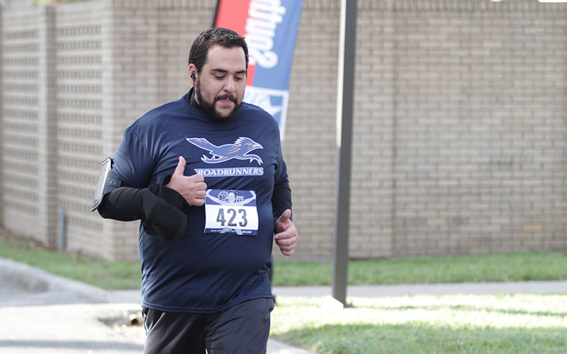 Turkey Trot draws big crowd of runners, spectators on Nov. 17