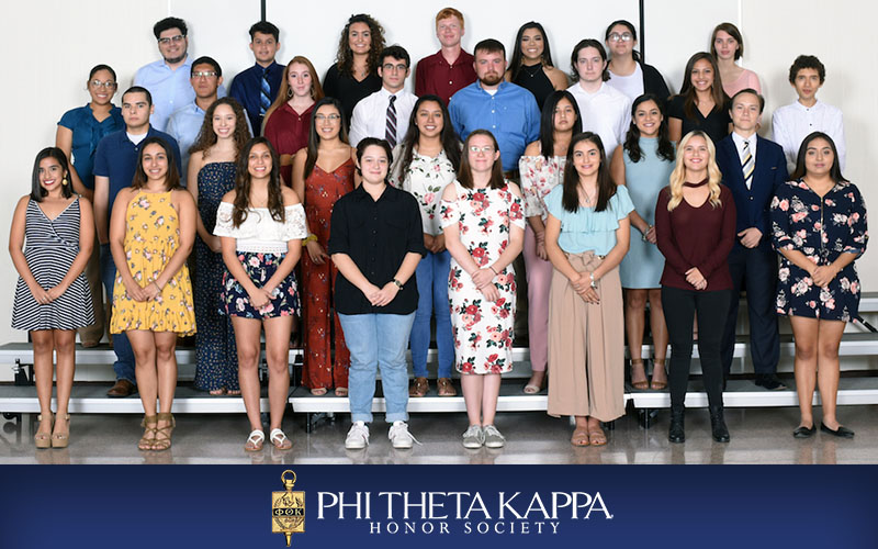 Phi Theta Kappa inducts new members in fall ceremony